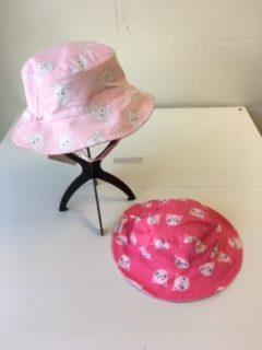 flapjacks lamb/kitten sun hat